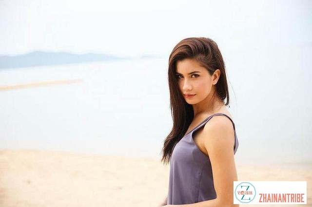 欧美混血美女Poo Praiya性感写真